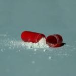 来春から薬のネット販売解禁 気にしたいのは薬事法